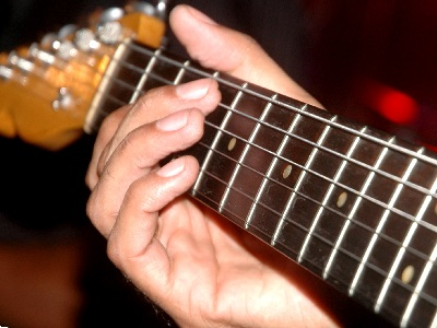 Dorian Guitar Mode And Scales - Application in Modern Music
